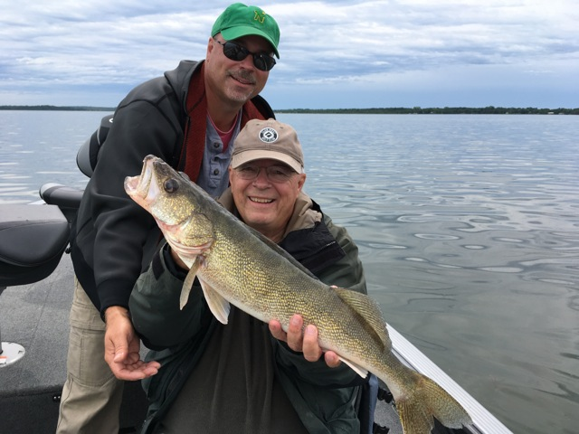 Searching for walleye seek out the shallow flats otter for Otter creek fishing report